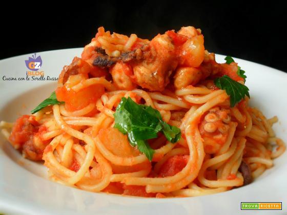 Spaghetti rossi con polipo e patate