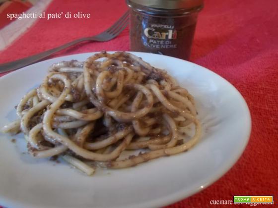 Spaghetti al paté di olive