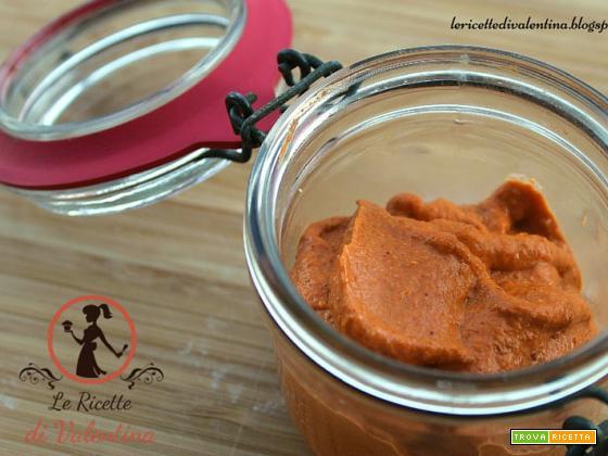 Pesto di peperone rosso e semi di girasole
