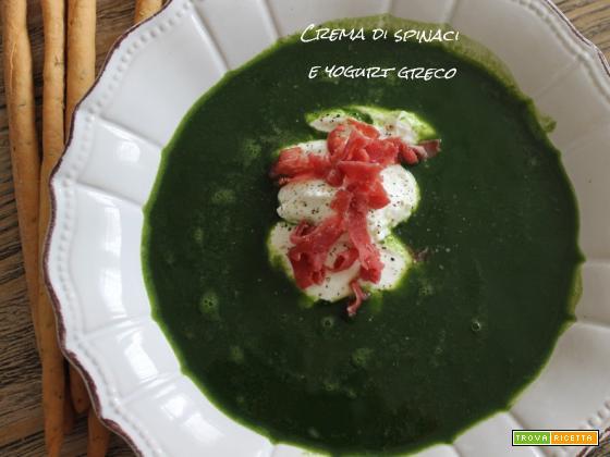 Crema di spinaci e yogurt greco