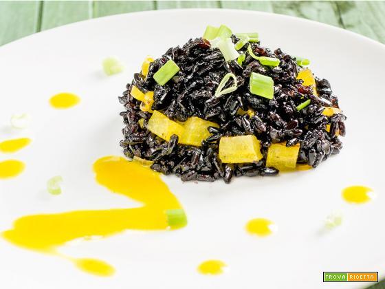 riso nero alle pere e zafferano