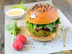 Burger di ceci e spinaci con salsa all'harissa