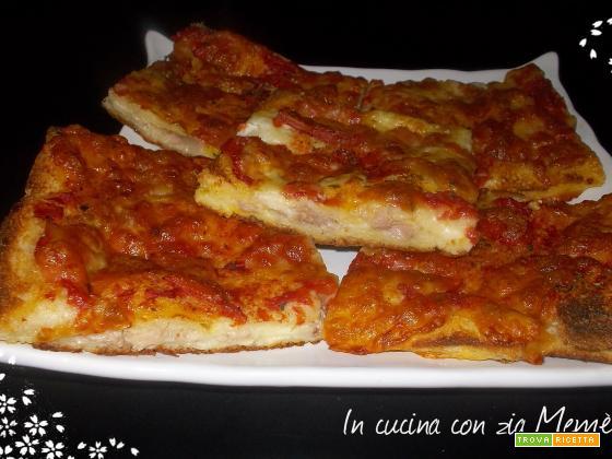 Pizza di pancarrè