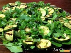 Insalata con zucchine e rucola