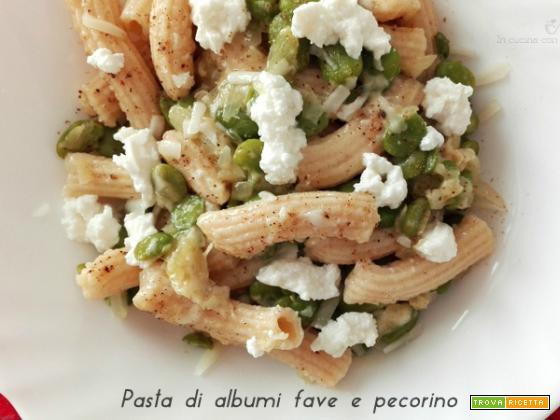 Pasta di albumi con fave e pecorino