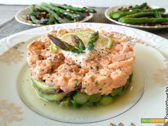 Tartare asparagi, salmone e salsa allo zenzero