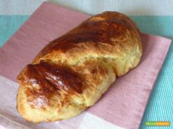 Tsoureki pane dolce greco