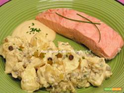 Insalata di patate e salmone con yogurt e senape