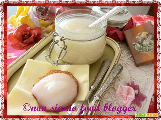 Crema al latte di riso senza uova, ricetta vegan