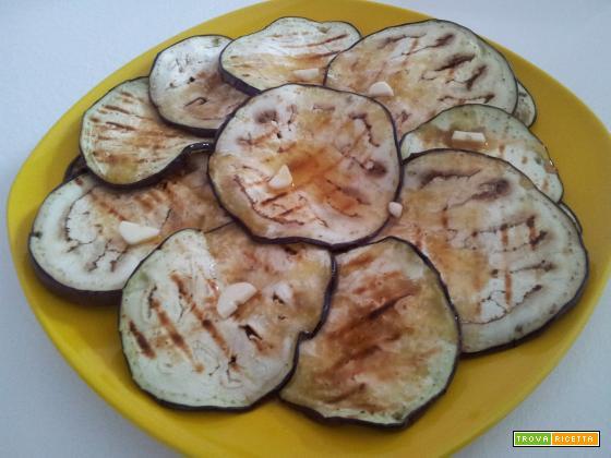Melanzane grigliate e marinate