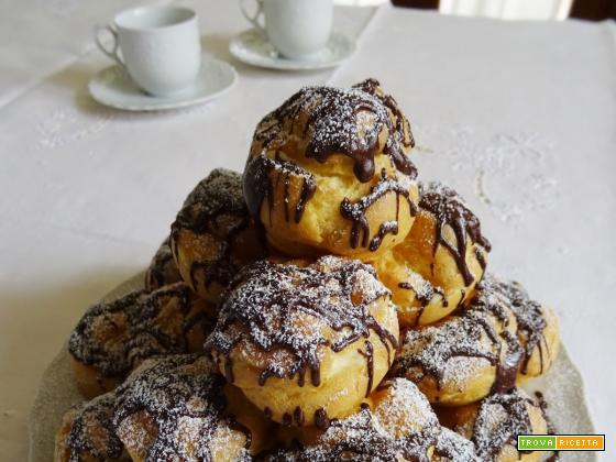 Bignè crema e cioccolato