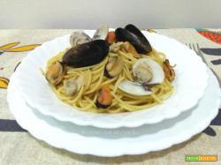 Spaghetti cozze e vongole Ricetta tradizionale
