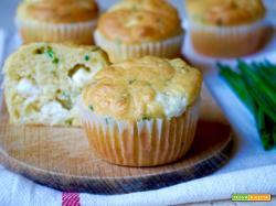 Muffin Salati con Feta e Erba Cipollina
