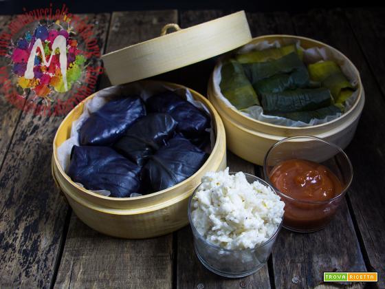 Pacchetti di foglie aromatici con salsa agrodolce e riso al cocco