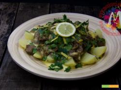 Fricassea di vitello con patate e carciofi