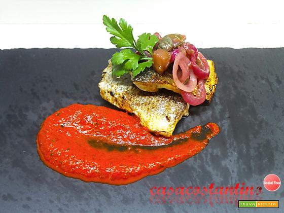 Spigola scottata con crema di peperoni ed agrodolce di Tropea al rabarbaro