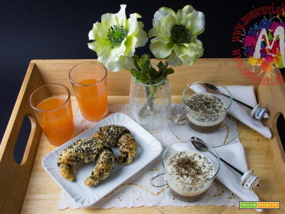 Colazione da Tiffany (cappuccino, cornetto multicereali al cioccolato e succo ACE)