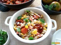 Orzo salad con pancetta, mais e confit