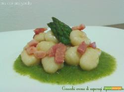 Gnocchi crema di asparagi e pancetta