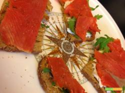 Senza Bimby, Crostini al Salmone Affumicato