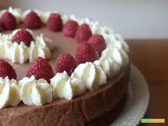 Torta mousse al cioccolato e lamponi... e un anno di Pain au Chocolat!
