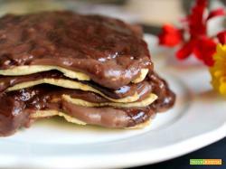 Millefoglie di lasagne con crema al cioccolato