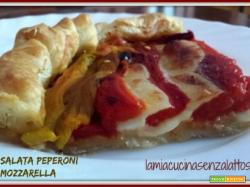 Torta salata peperoni e mozzarella