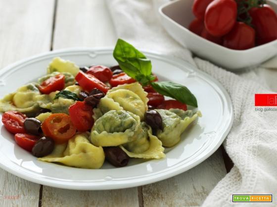 Tortelli al branzino con pomodorini e olive taggiasche