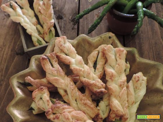 Trecce di sfoglia con asparagi