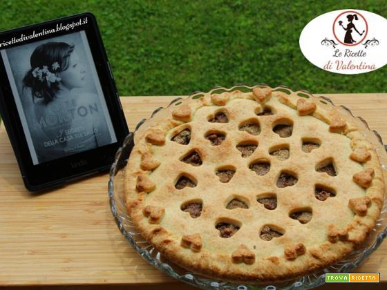 MANGIA CIO' CHE LEGGI  76: Crostata di pere e noci ispirata da I MISTERI DELLA CASA SUL LAGO di Kate Morton