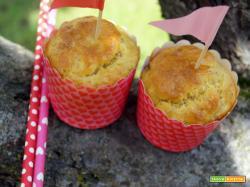 Muffins (salati) con tonno, senape e brie