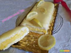 Semifreddo al limone con colata al cioccolato bianco