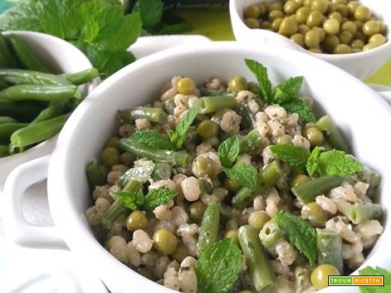 Orzo salad al pesto di menta e piselli fini