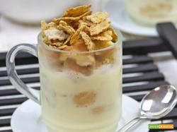 Tiramisù al tè nero aromatizzato arancia e cannella, yogurt e cereali