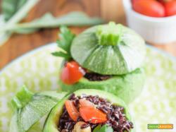 Zucchine ripieno di riso venere