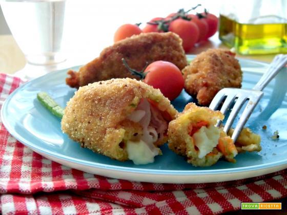 Fiori di zucca ripieni con mozzarella e prosciutto