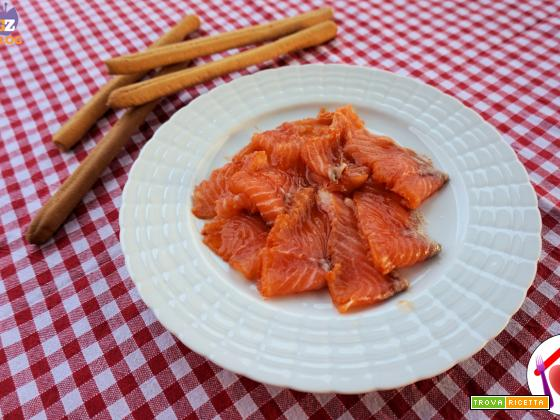 Salmone marinato alla paprika