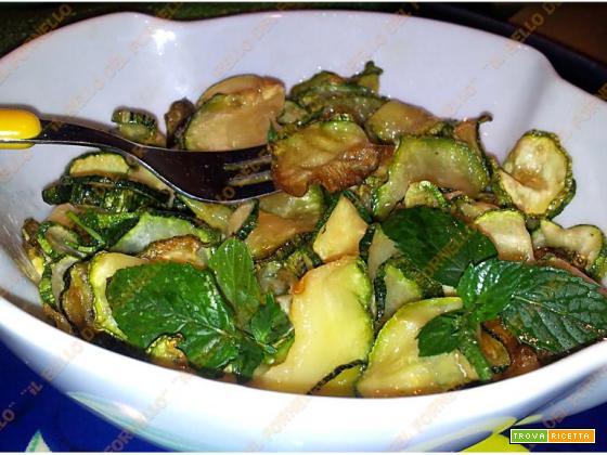 'E Cucuzziell 'a Scapece - Zucchine alla Scapece