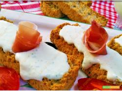 Tzatziki salsa greca di yogurt e cetrioli