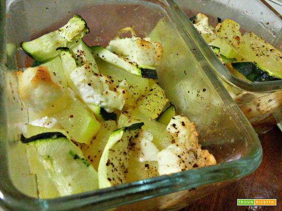 Patate, zucchine e feta al forno