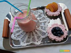 Smoothie al melone, yogurt ed alchermes