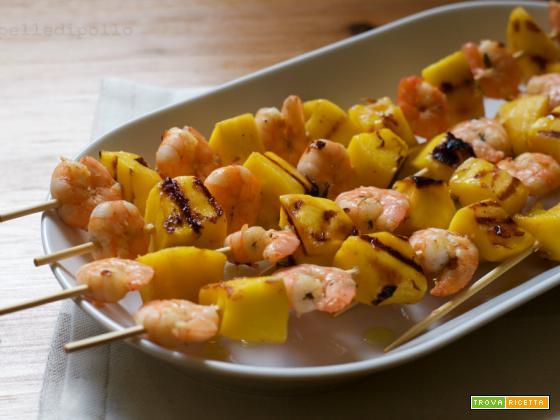 Spiedini di gamberi e mango