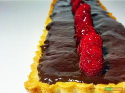 Crostata con Cioccolato Fondente e Lamponi