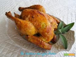 Pollo intero al forno saporito