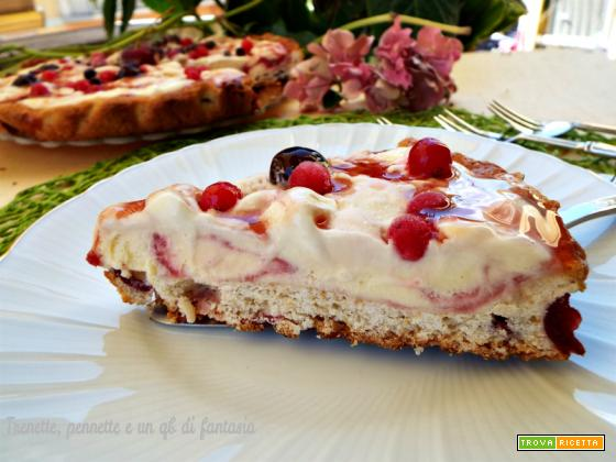 Crostata di ciliegie con gelato all'amarena