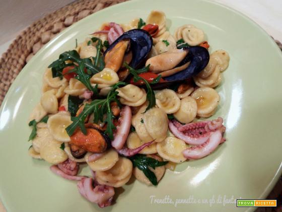 Orecchiette con ricci di calamari e cozze
