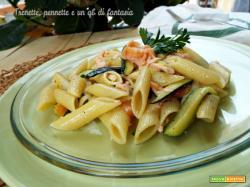 Penne con zucchine e salmone