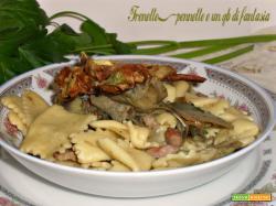 Quadrotti di pasta con carciofi e pancetta