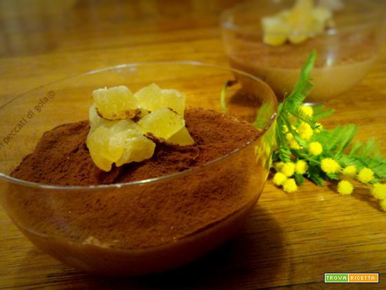 mousse di cioccolato con cubetti di zenzero candito