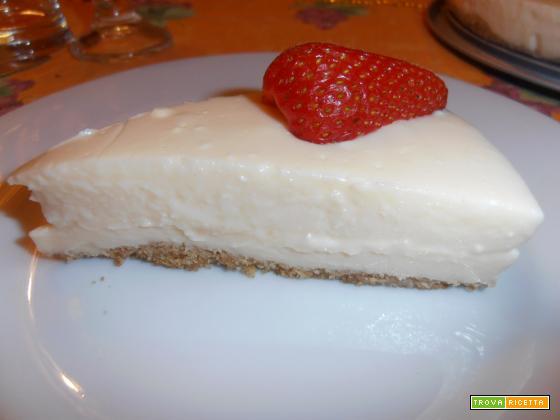 CHEESE-CAKE alla vaniglia e fragole (senza panna e uova! )